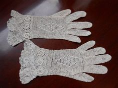 Edwardian Crocheted Lace Gloves Floral Pattern Cuffs Vintage ...