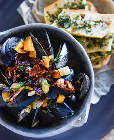 Honey Beer Mussels with butter herb baguettes