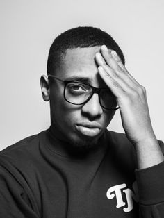 Emms (Emmerson Akachar) (June 30, 1992) Dutch/ Surinam rapper, o.a. known from the group Broederliefde.