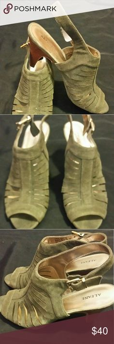 Dress Sandals Suede, NWOT Alfani Shoes Sandals