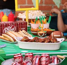 There are a lot of ways to do wings, but we dig these Crispy Dr Pepper Glazed Wings, inspired by ambassador David Milligan. In partnership with Tasty. I Love Food, Good Food, Yummy Food, New Recipes, Cooking Recipes, Favorite Recipes, Football Food, College Football, Dr Pepper