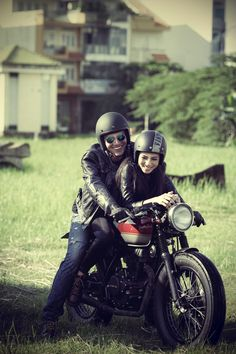 Cafe Racer couple.