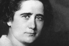 Thanks to Clara Campoamor, women could vote in Spain in 1931. As a politician, she also obtained the right to divorce. She died in 1972 in France, forgotten in Spain because of the silence about her imposed by Franco´s dictatorship.