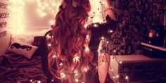 Aprovecha las luces navideñas para tomarte estas fotos
