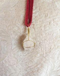Ein persönlicher Favorit aus meinem Etsy-Shop https://www.etsy.com/de/listing/470862788/elestial-quartz-necklace