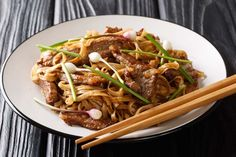 Chinese Ho Fan Noodle Dish