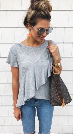 summer outfits  Grey Top + Ripped Skinny Jeans