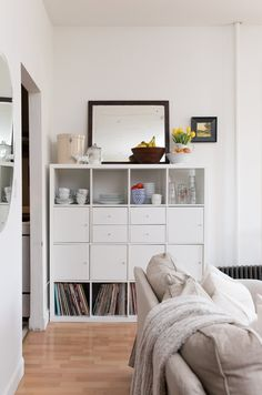 This Small Brooklyn Apartment Masters Smart Storage: gallery image 4 Wall Mounted Shelves, Apartment Living, Apartment Storage, Small Spaces, Small Kitchen Organization, Space Apartments, Brooklyn Apartment, Storage Spaces, Storage