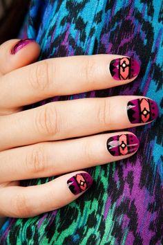 "Nail Art's New Wave: ""Southwestern"" Look"