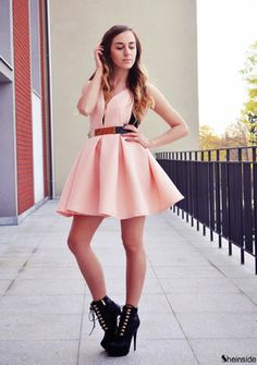 Pink Zippered V Neck Backless Midriff Heart Flare Dress