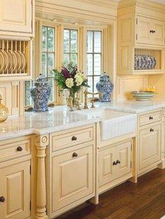 Natural Wood Kitchen Cabinets, Finish Kitchen Cabinets, Kitchen Cabinet Styles, Kitchen Redo, Kitchen Remodel, Kitchen Ideas, Kitchen Styling, Kitchen Inspiration, Yellow Kitchen Designs