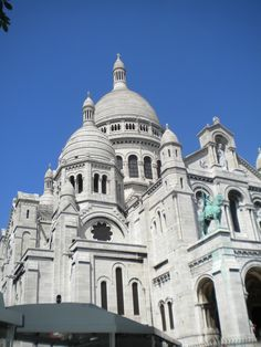 Montmartre in Paris. One of my all time favorite places.