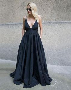 Elegant Black Long Dress with Straps