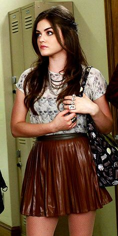 PRETTY LITTLE LIARS: ARIA'S LEATHER LOOK photo | Lucy Hale