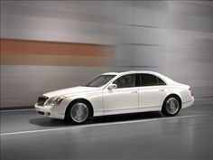 Maybach 57 S at the Detroit Auto Show 2009 details and exotic pictures and wallpapers at DieselStation