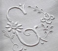 Em's Heart Antique Linens -Vintage Linen Metis French Monogrammed Sheet