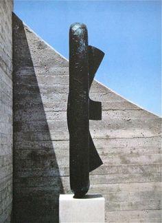 "Isamu Noguchi - ""Khmer"", 1962"