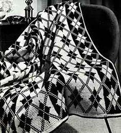 Granada crochet afghan pattern originally published in Decorator Afghans, Book 142. #crochetpatterns #afghanpatterns