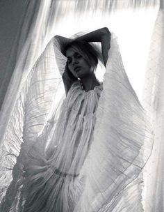 Patricia van der Vliet & Josephine Skriver by Benny Horne (Beauty & Sadness - Vogue Russia June 2012 (4)