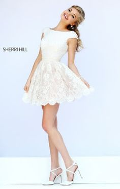 Sherri Hill dresses are designer gowns for television and film stars. Find out why her prom dresses and couture dresses are the choice of young Hollywood. White Homecoming Dresses, Semi Dresses, Hoco Dresses, Trendy Dresses, Dance Dresses, Cute Dresses, Beautiful Dresses, Formal Dresses, Dress Prom
