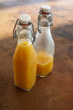 A hot sauce recipe made with spicy Tshololo chili peppers and sweet mangos.