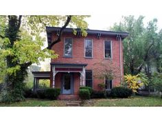 Pre-civil war home on 2/3 of an acre in downtown Franklin.  Want!
