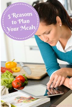 Do you meal plan? Today I am sharing my 5 reasons to plan your meals and how meal planning has helped me eat healthy and save time and money.