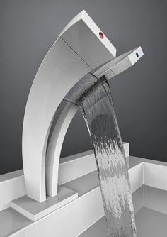 O Pavati Tap baseia-se este elemento, para mostrar as duas correntes de água podem criar uma cachoeira, enquanto você lava suas mãos. Um efeito cascata em forma de Y mistura a água quente e fria em um único cachoeira mútuo, para o seu prazer.