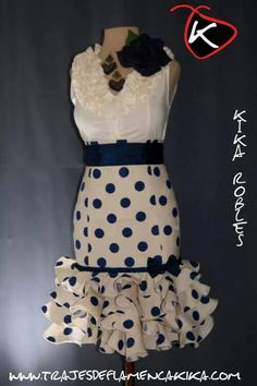 the only time I like polka dots! African Dresses For Women, African Fashion Dresses, African Wear, Ghanaian Fashion, African Women, Skirt Fashion, Fashion Outfits, Men's Fashion, Flamenco Costume