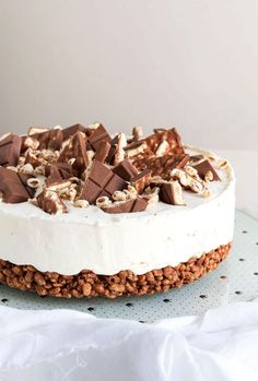 Kinder Cereals cold cake, a real delicacy! – Dream desserts – New Cake Ideas Easy Homemade Recipes, Sweet Recipes, Cake Recipes, Snack Recipes, Dessert Recipes, Fall Desserts, Delicious Desserts, Yummy Food, Cheesecake