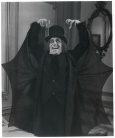 """happyundertaker: """" London After Midnight """" Silent Horror, Silent Film, Classic Horror Movies, Horror Films, Horror Art, London After Midnight, Lon Chaney, Film Images, Famous Monsters"""