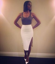 Tika Sumpter -Simply Chic in Intermix slit pencil skirt. Simple yet sexy ❤️#pencilskirt