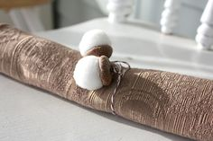 Acorn cap + small white pompom = cute Fall decor!