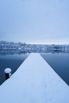 Frozen lake in Orivesi, Finland | nature | travelling | january |