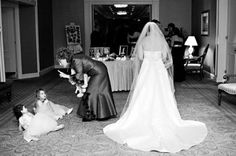 Planning A Wedding Soon? Check Out These Tips! Wedding Humor, Wedding Pics, Wedding Dresses, Wedding Planning, Facebook, Funny, Fashion, Marriage Pictures, Bride Dresses
