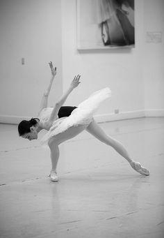 Amber Scott rehearsing Swan Lake. Photography: Lynette Wills  (pirouette-arabesque-fouette)