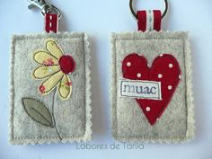 Work of Tania Free Motion Embroidery, Machine Embroidery, Sewing Crafts, Sewing Projects, Felt Keychain, Moving Gifts, Felt Gifts, Applique Fabric, Fabric Gifts