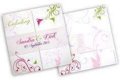 Hochzeitseinladungen mit floralen Ornamenten und in bunten Farben Altar, Elegant, Bunt, Wedding Invitations, Dream Wedding, Paper, Book Folding, Card Wedding, Craft