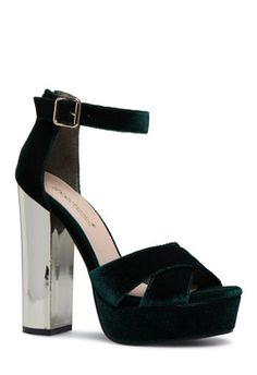 d655761b802 31 Best Shoes Women Gadgets images