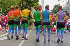 เก็บเงิน เก็บกระเป๋า ไปลัลล้ากันกับปาร์ตี้ 10 ประเทศที่เกย์ยากจะปฏิเสธลง - ดูบนมือถือ