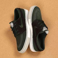 Nike SB Janoski OG Dark Army Sail https://www.popname.cz/cze/produkt.html/nike-sb/footwear/boty-nike-sb-zoom-stefan-janoski-og-skateboarding-shoe-dark-army-sail
