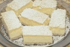 Výborný smetanový dezert s tvarohovým krémem a kokosem Hungarian Desserts, Hungarian Recipes, Czech Desserts, Cookie Recipes, Dessert Recipes, Delicious Desserts, Yummy Food, Croatian Recipes, Sweet Cookies