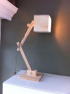 Lampje van resthout