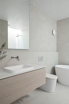 Minimalist Bathroom Design, Modern Bathroom Design, Bathroom Interior Design, Modern Luxury Bathroom, Coastal Bathrooms, Minimalist Small Bathrooms, Light Grey Bathrooms, Modern Contemporary Bathrooms, Light Bathroom