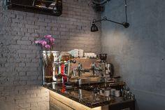 NOBIS CAFE'' - Via Sant'Egidio,16 - Verona - studioenricopasti // Photo: Tiziano Cristofoli