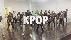 Clase de #Kpop con Mery los Lunes de 17:30 a 19:00h.