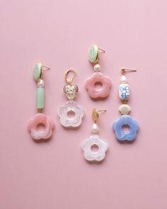 Hippie Jewelry, Cute Jewelry, Jewelry Accessories, Jewelry Design, Beaded Earrings, Beaded Jewelry, Handmade Jewelry, Beaded Bracelets, Resin Jewelry