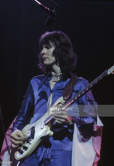 Bassist Chris Squire of British progressive rock group Yes, on stage at the Rainbow Theatre, London, December 1972.