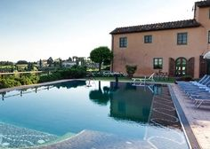 Workshops and Retreats at the STUNNING Il Borghino Retreat Centre - Lucca, Toscana #italy #yoga
