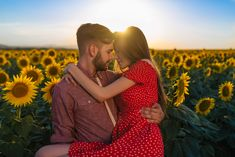 150 Unique Questions for Married Couples | An Everlasting Love Best Marriage Advice, Successful Marriage, Strong Marriage, Happy Marriage, Love And Marriage, Questions For Married Couples, Couple Questions, Relationship Therapy, Relationships